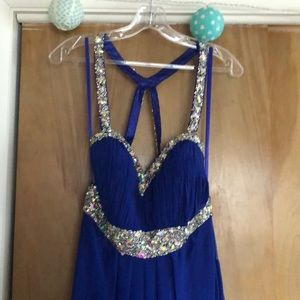 A full length blue prom dress!